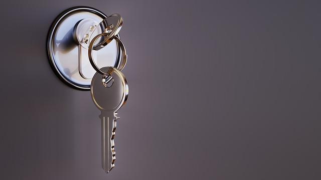 key-3348307_640